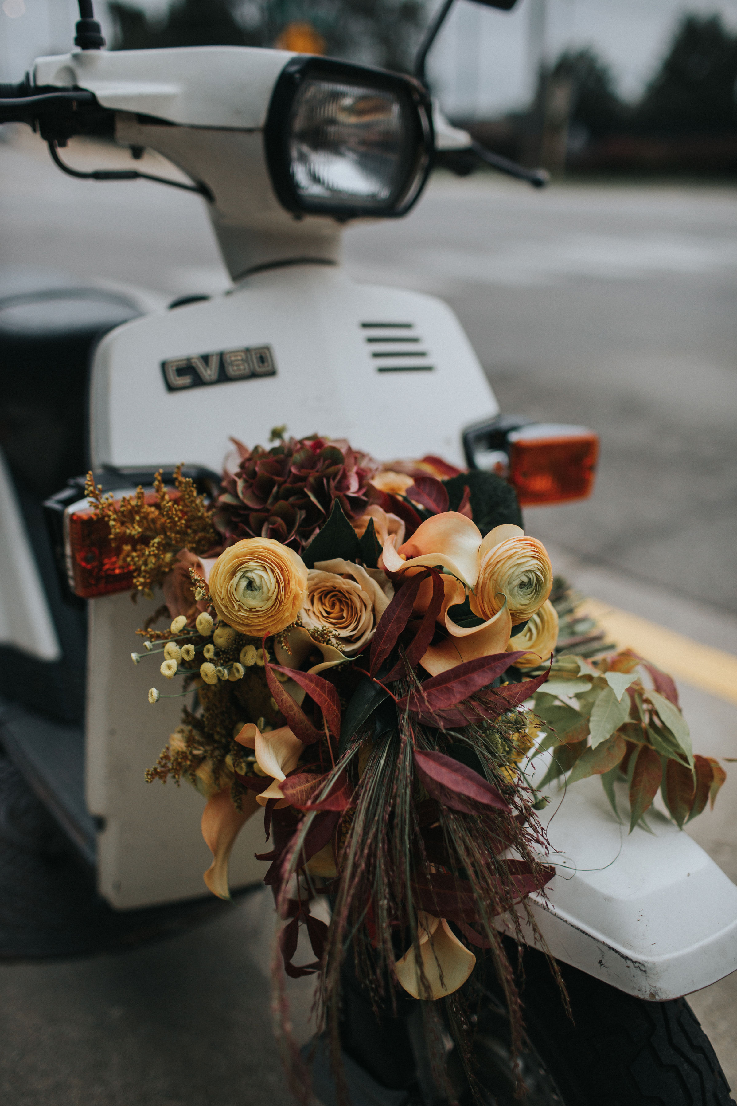 Warm Colorful Retro Mod Chicago Wedding Inspiration at The Duck Inn (44)