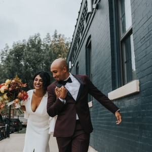 Warm Colorful Retro Mod Chicago Wedding Inspiration at The Duck Inn (54)