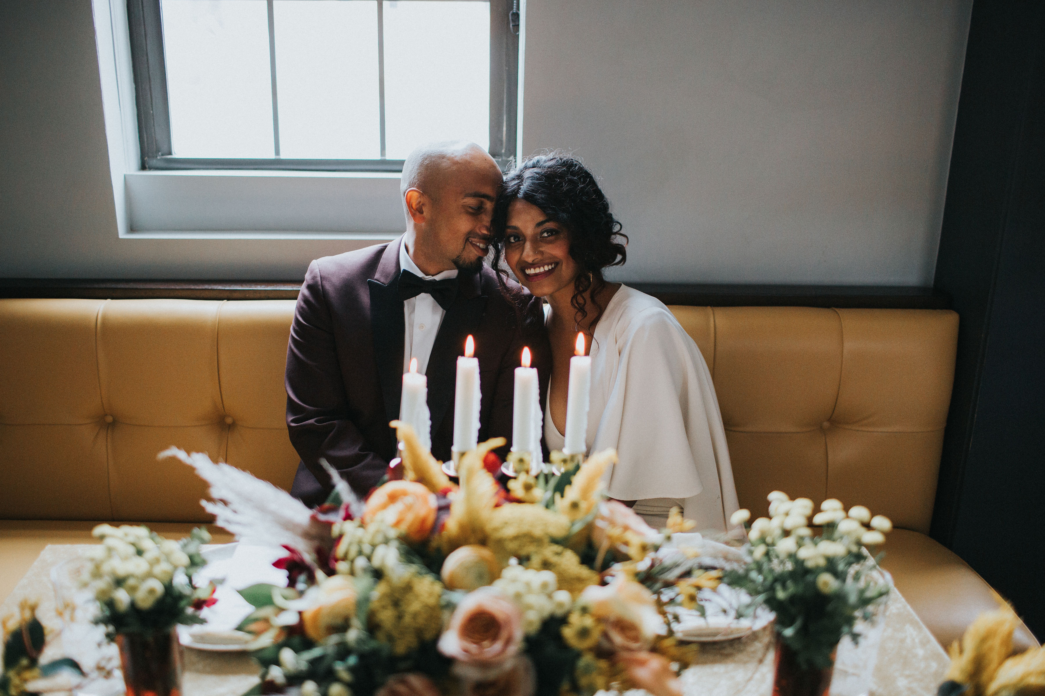 Warm Colorful Retro Mod Chicago Wedding Inspiration at The Duck Inn (61)