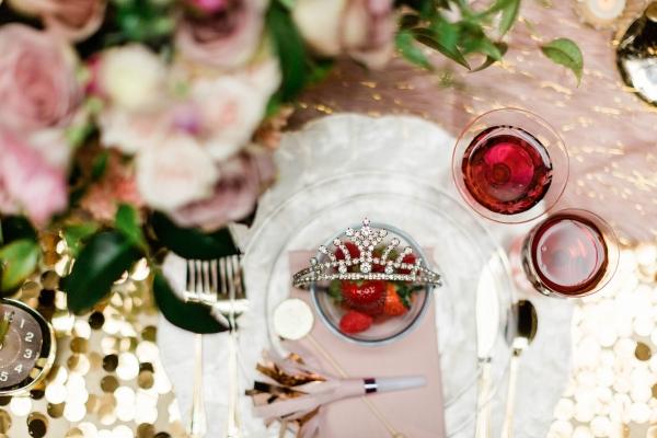 Chicago New Years Eve Wedding Inspiration (14)