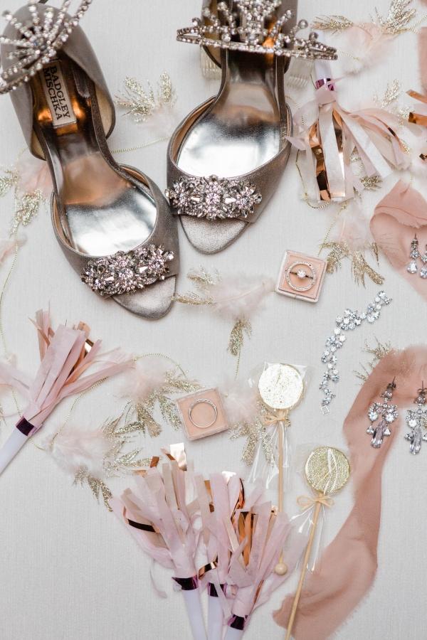 Chicago New Years Eve Wedding Inspiration (2)