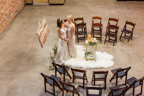 Chicago New Years Eve Wedding Inspiration (54)