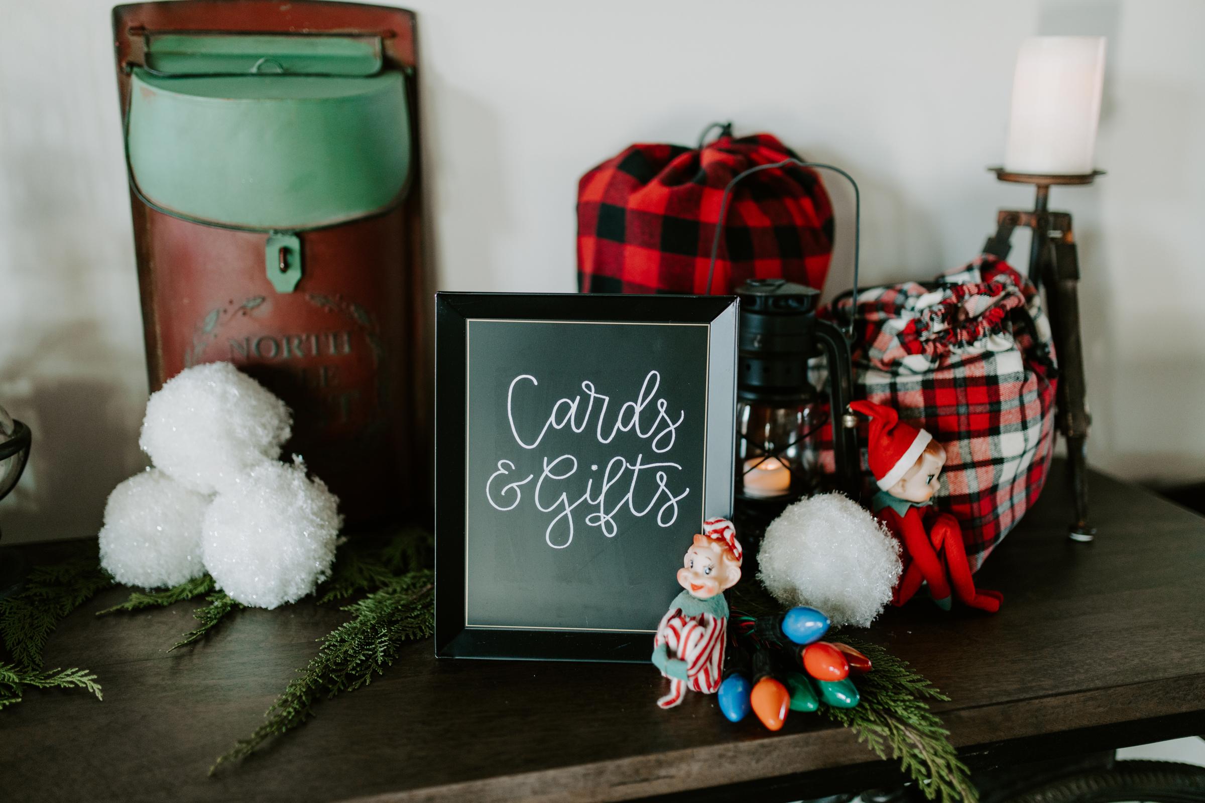Cozy Chicago Christmas Wedding Inspiration (19)