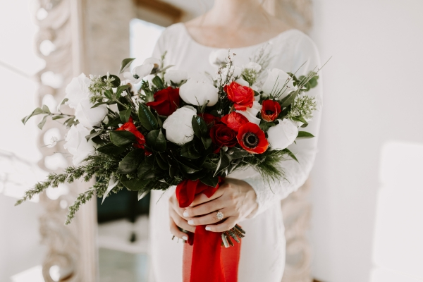 Cozy Chicago Christmas Wedding Inspiration (54)