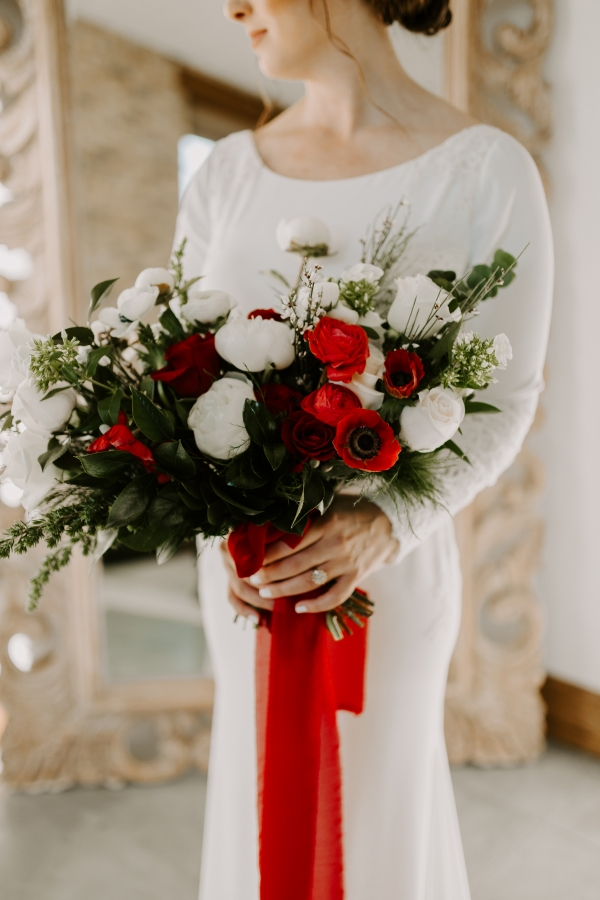 Cozy Chicago Christmas Wedding Inspiration (55)