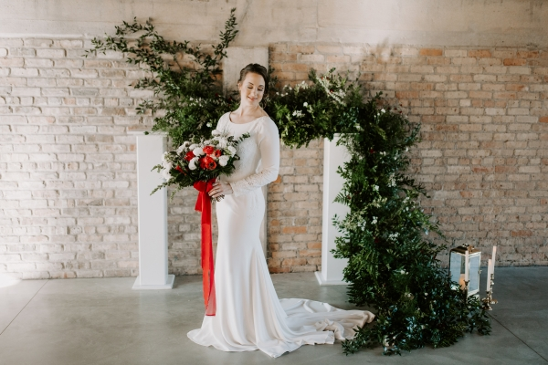 Cozy Chicago Christmas Wedding Inspiration (56)