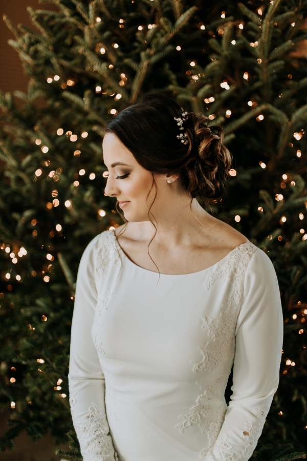 Cozy Chicago Christmas Wedding Inspiration (70)