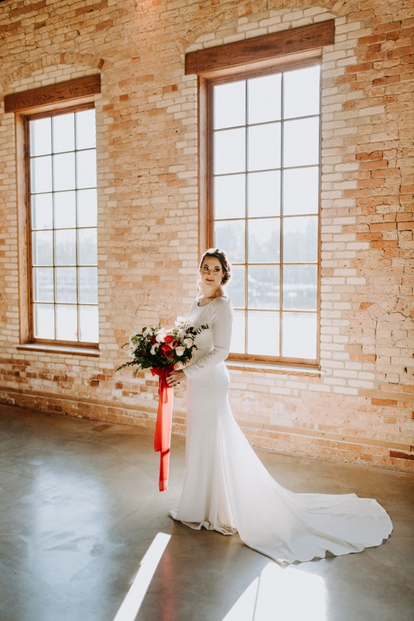Cozy Chicago Christmas Wedding Inspiration (75)