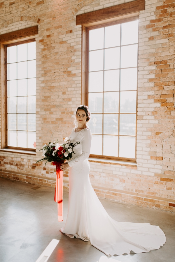 Cozy Chicago Christmas Wedding Inspiration (77)