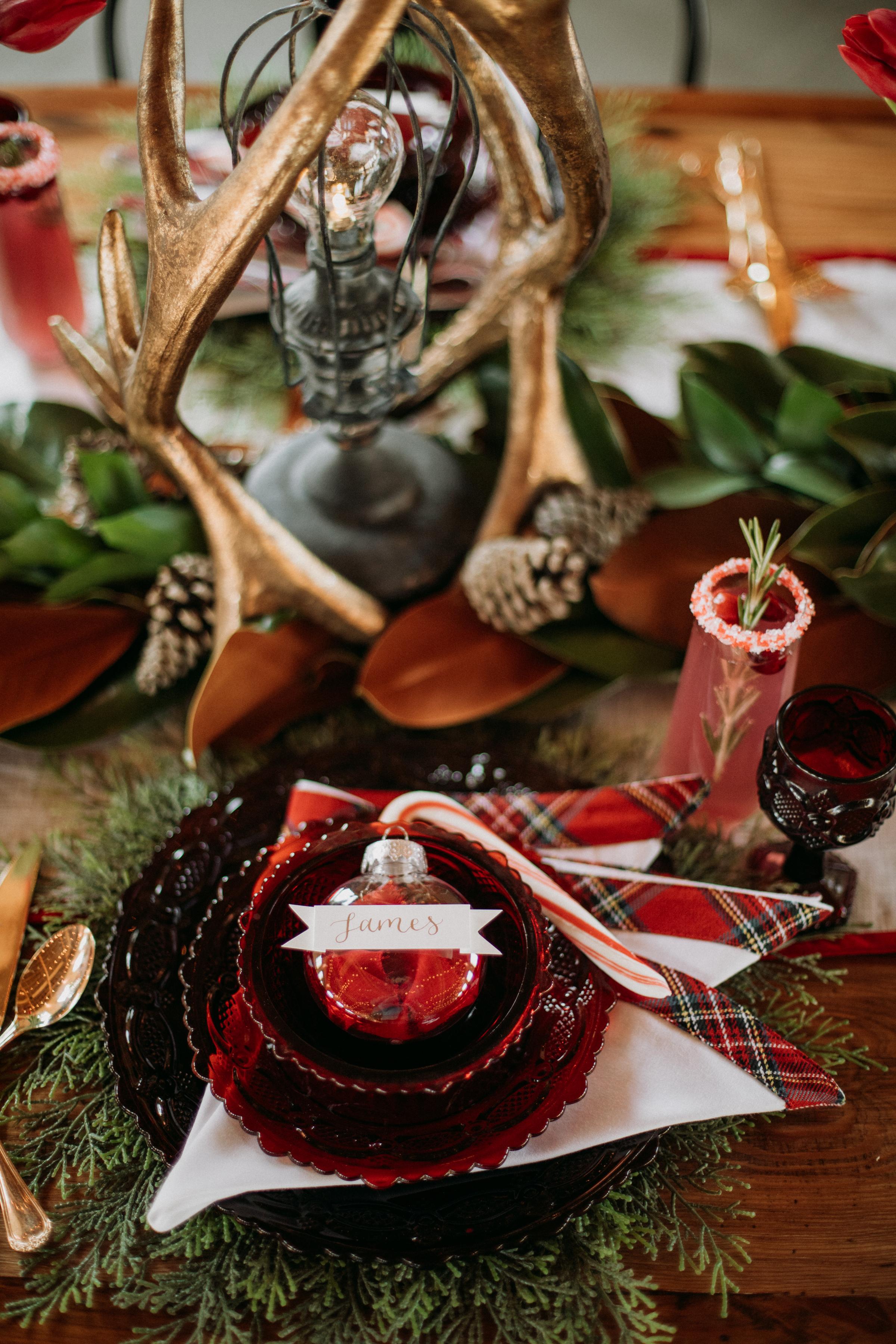 Cozy Chicago Christmas Wedding Inspiration (8)