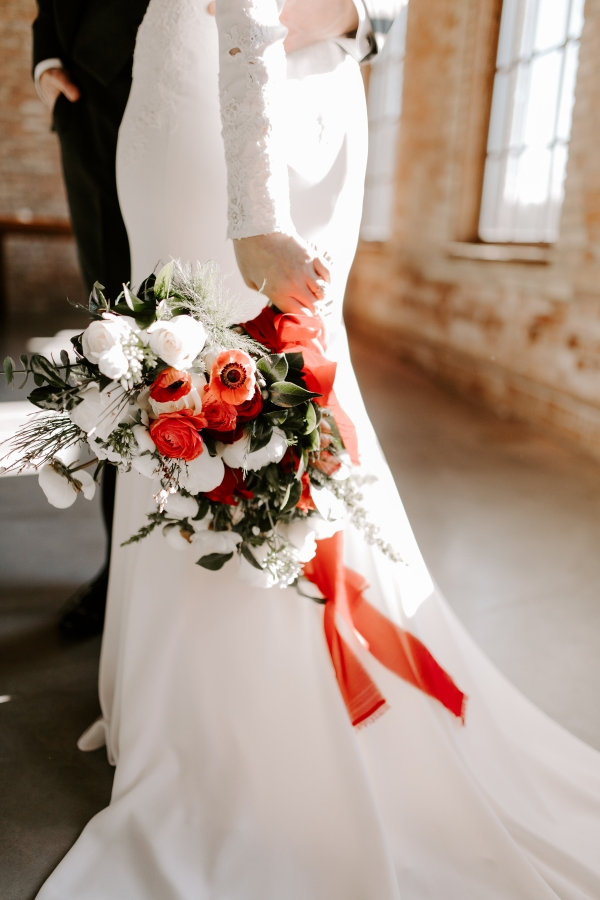 Cozy Chicago Christmas Wedding Inspiration (83)