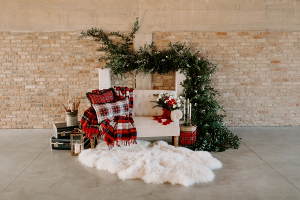 Cozy Chicago Christmas Wedding Inspiration (92)