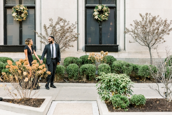 Aisle Society Minted Glam Engagement Session Lisa Hufford (11)