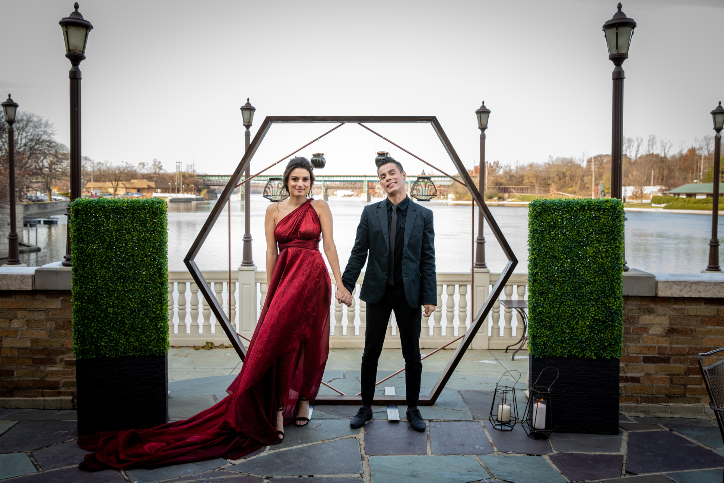 Dramatic Black and Red Wedding Inspiration at Hotel Baker in St Charles (16)