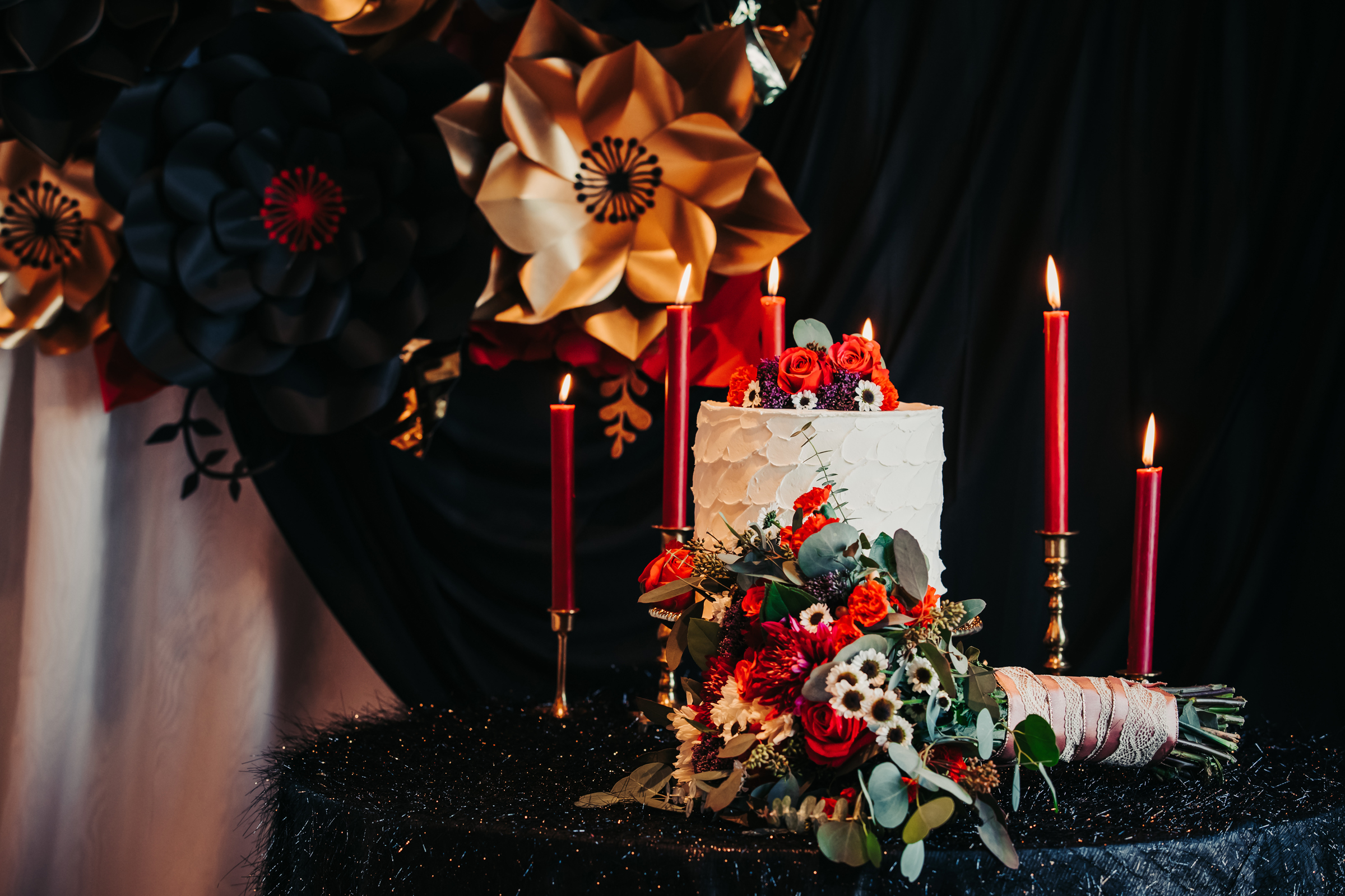 Dramatic Black and Red Wedding Inspiration at Hotel Baker in St Charles (23)