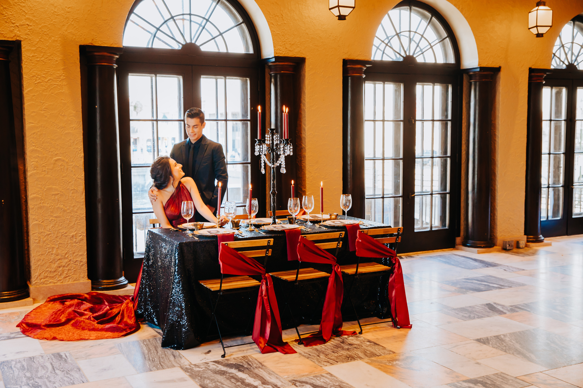 Dramatic Black and Red Wedding Inspiration at Hotel Baker in St Charles (7)
