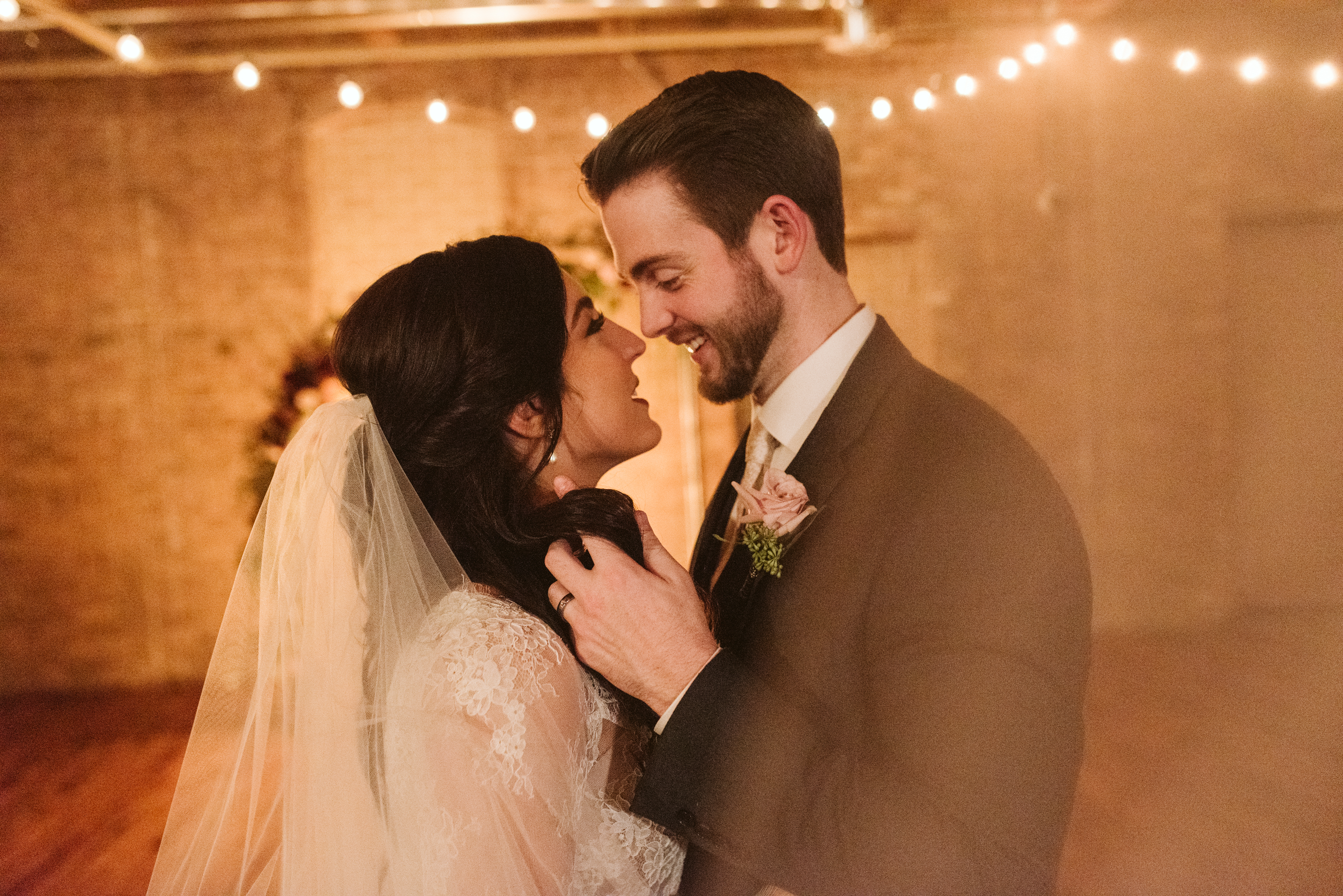 lacuna-lofts-chicago-winter-wedding-morgan-tom-76