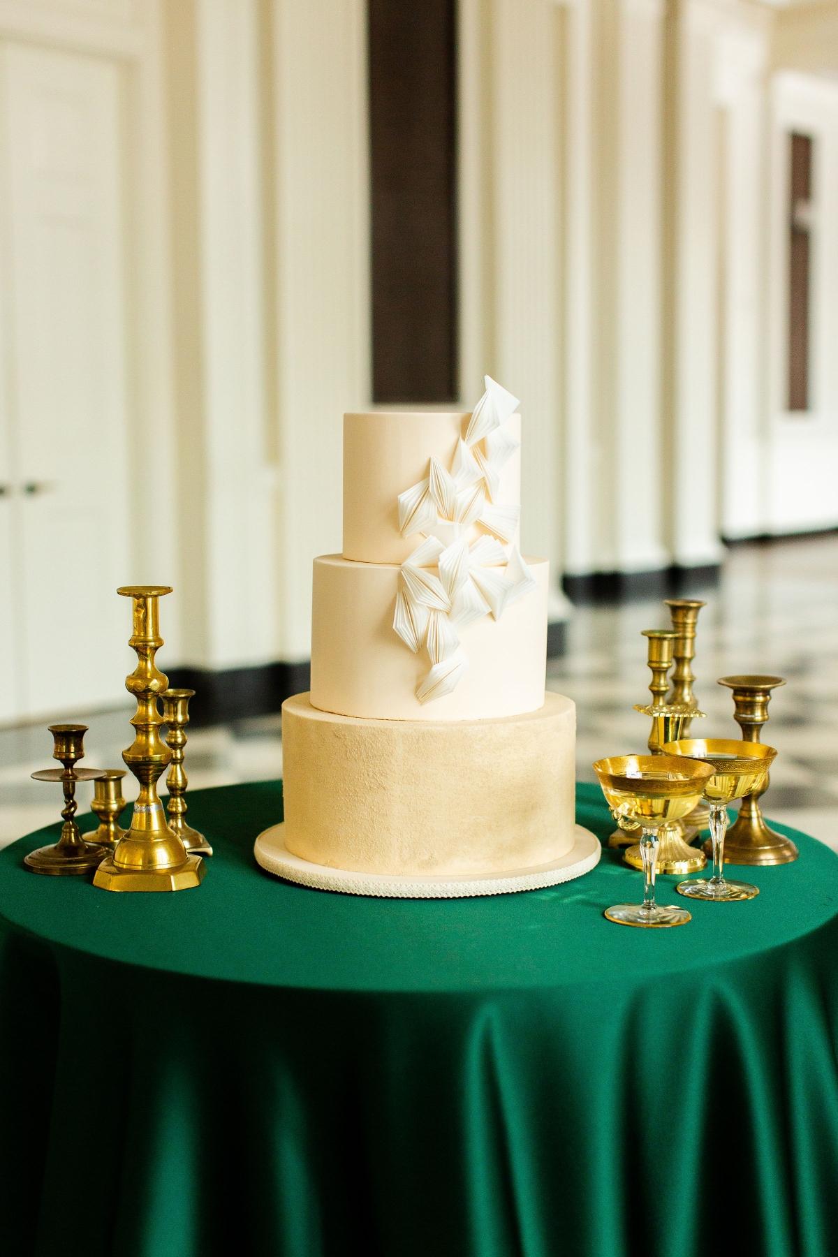 Wedding Cake with Art Deco Fan