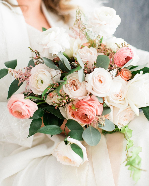 Elegant Garden Rose Bouquet