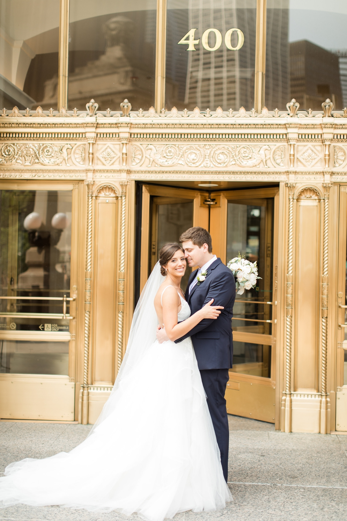 Chicago Wedding Photos Wrigley Building