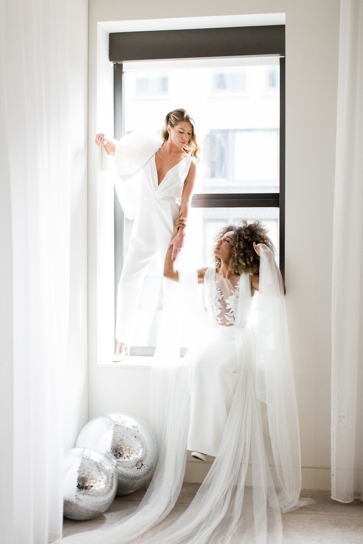 Romantic Modern Chicago Wedding Inspiration Two Brides 7