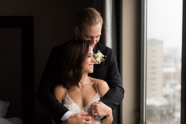 Rosemont+Wedding+Photography,+Rosemont+Wedding+Photographer,+December+Chicago+Wedding,+Rainy+Day+Chicago+Wedding,+Cafe+Le+Cave+Wedding,+Cafe+Le+Cave+Wedding+Photographer,+Cafe+Le+Cafe+Wedding+Photography+(3+of+11)