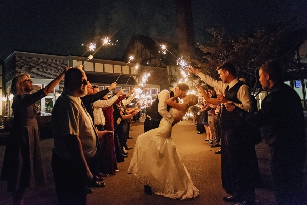 chevy-chase-wedding-sparklers