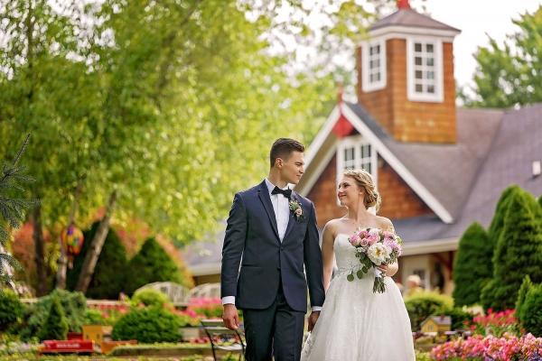 wandering-tree-estate-wedding-images