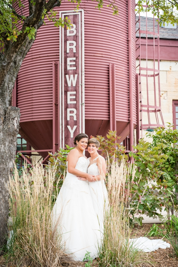 Chicago Lesbian Wedding at the Roundhouse (11)