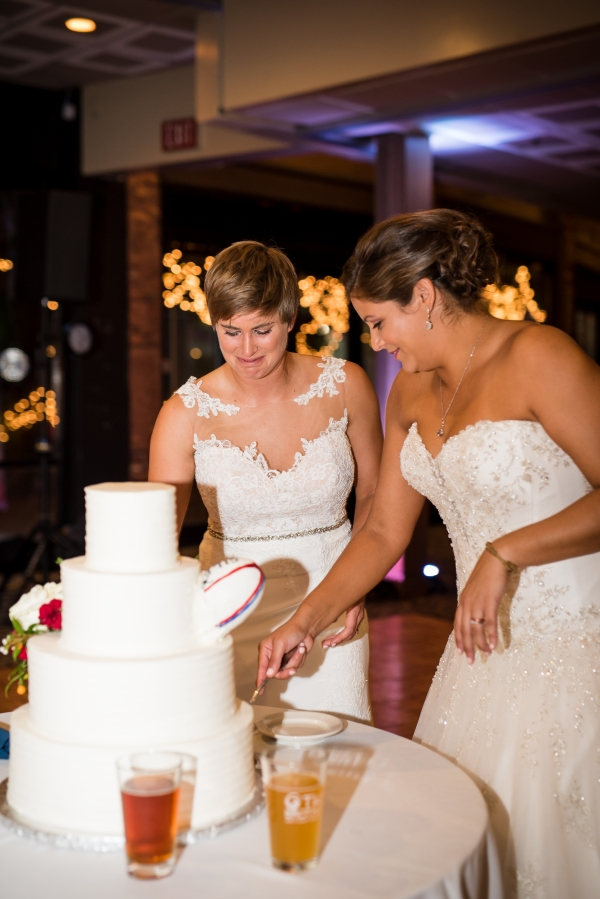 Chicago Lesbian Wedding at the Roundhouse (33)