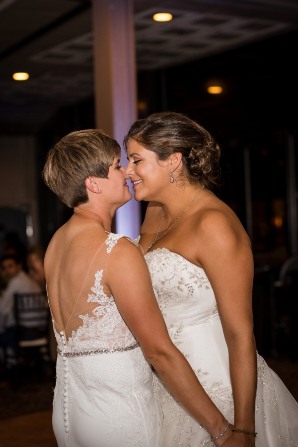 Chicago Lesbian Wedding at the Roundhouse (35)