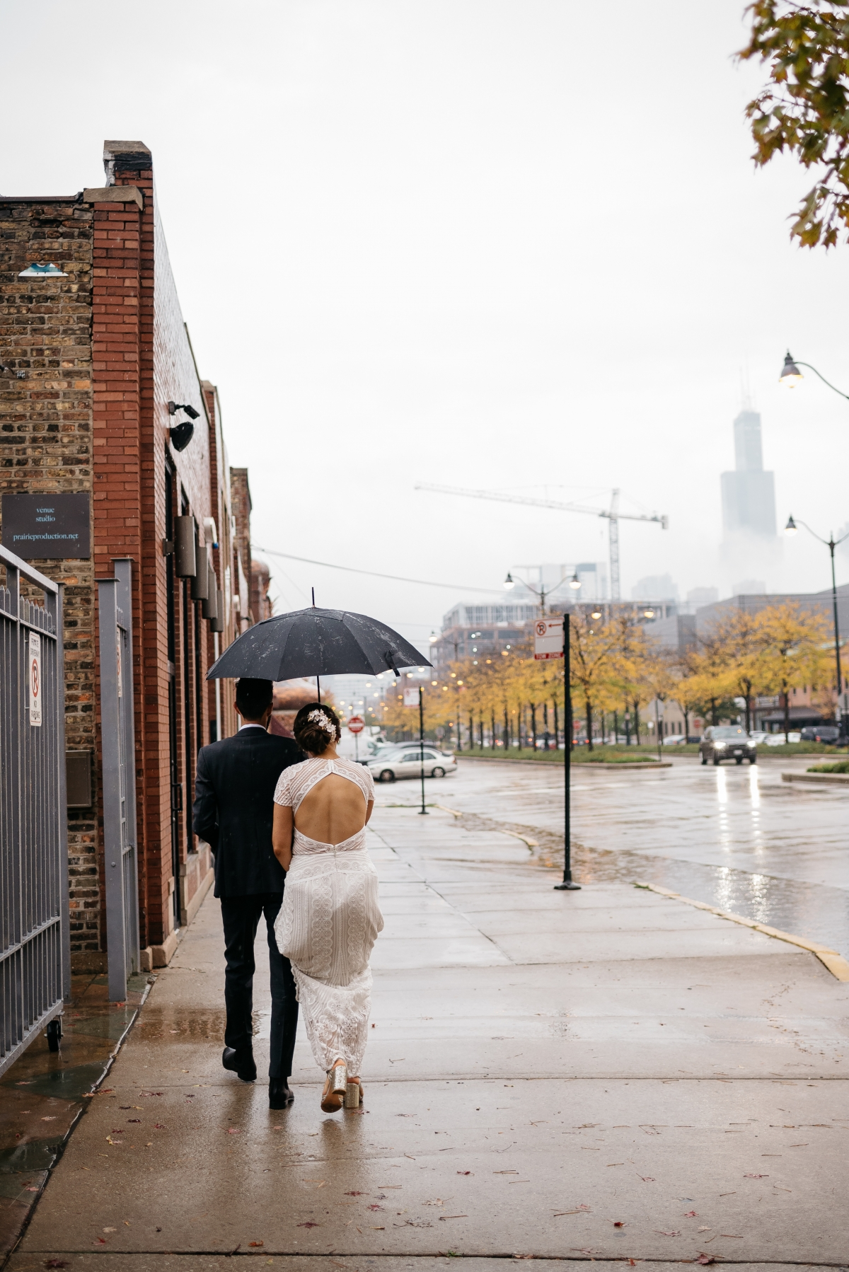 Chicago Rainy Day Loft Wedding Jayne Weddings 15