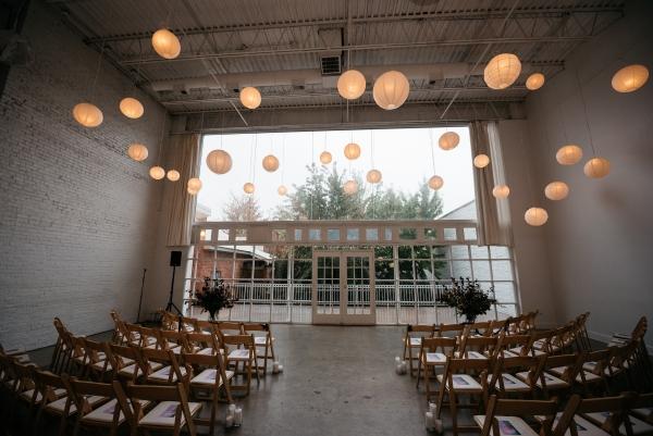 Chicago Rainy Day Loft Wedding Jayne Weddings (20)
