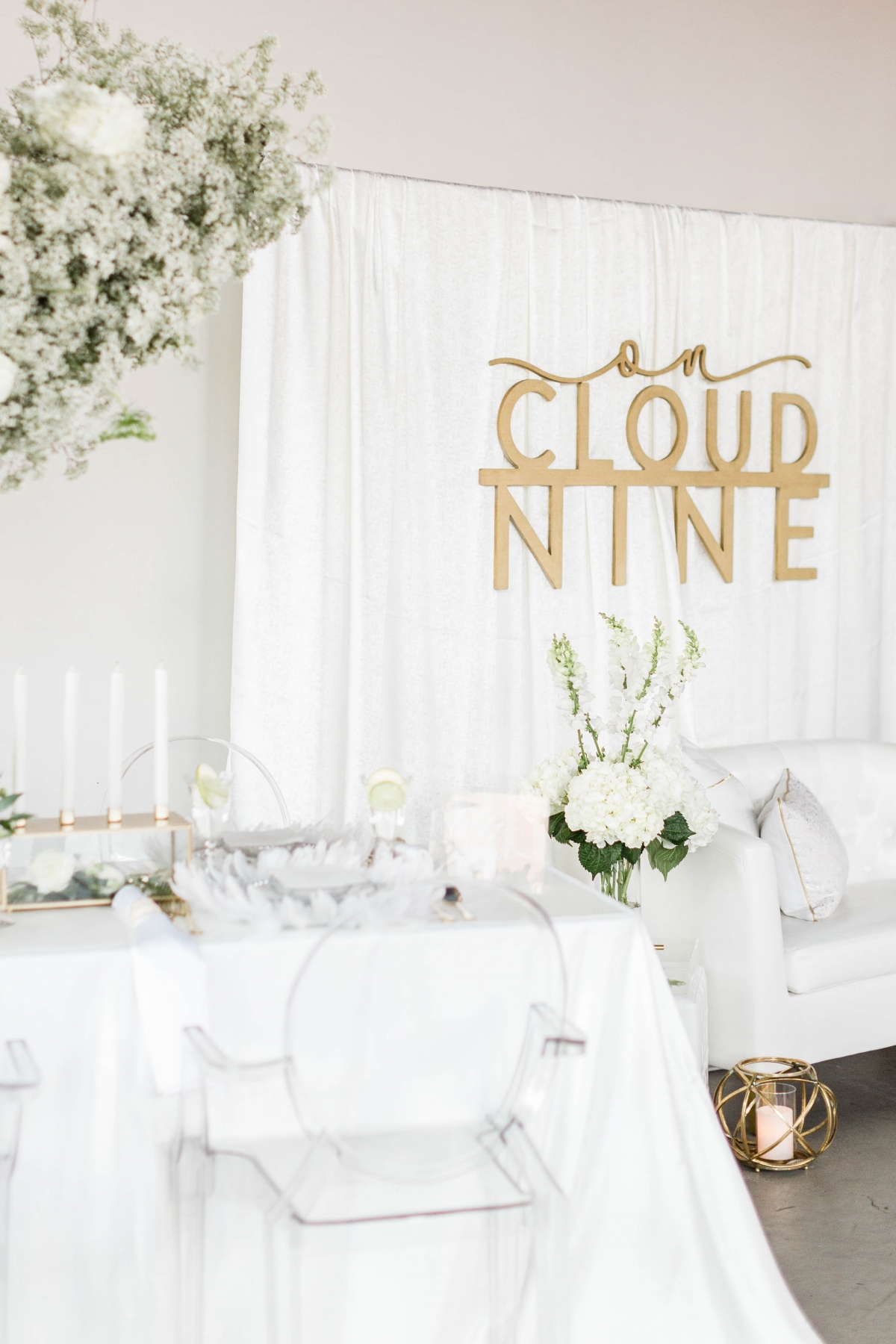 White Wedding Lounge Area