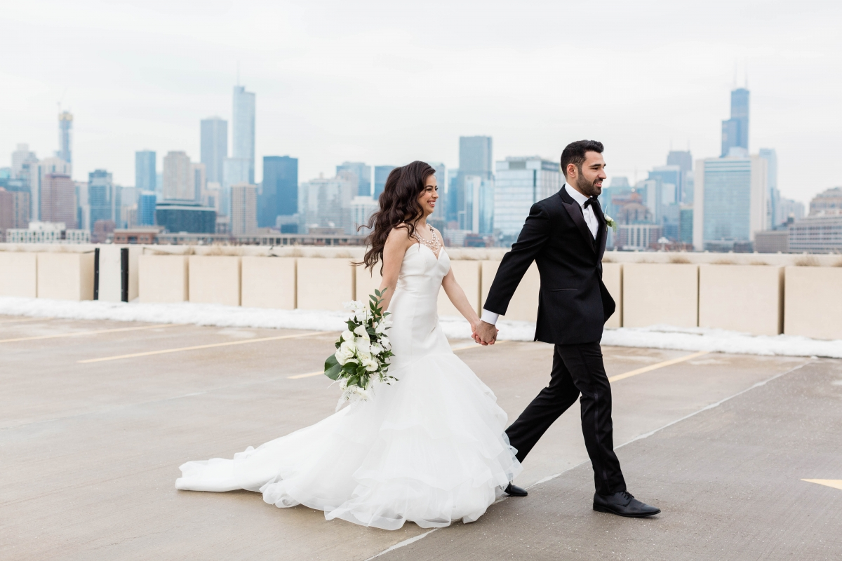 Bride and Groom Chicago Rooftop