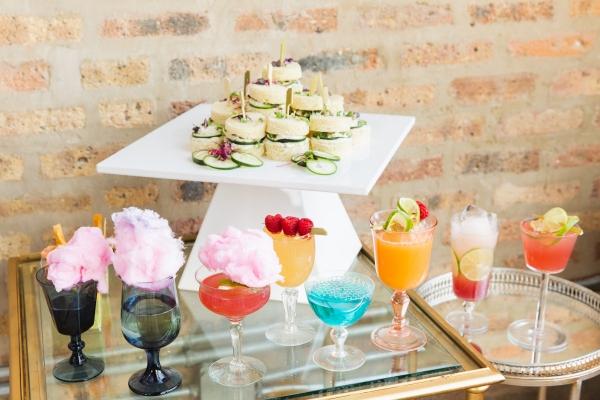 Colorful Iridescent Futuristic Chicago Wedding Inspiration (12)