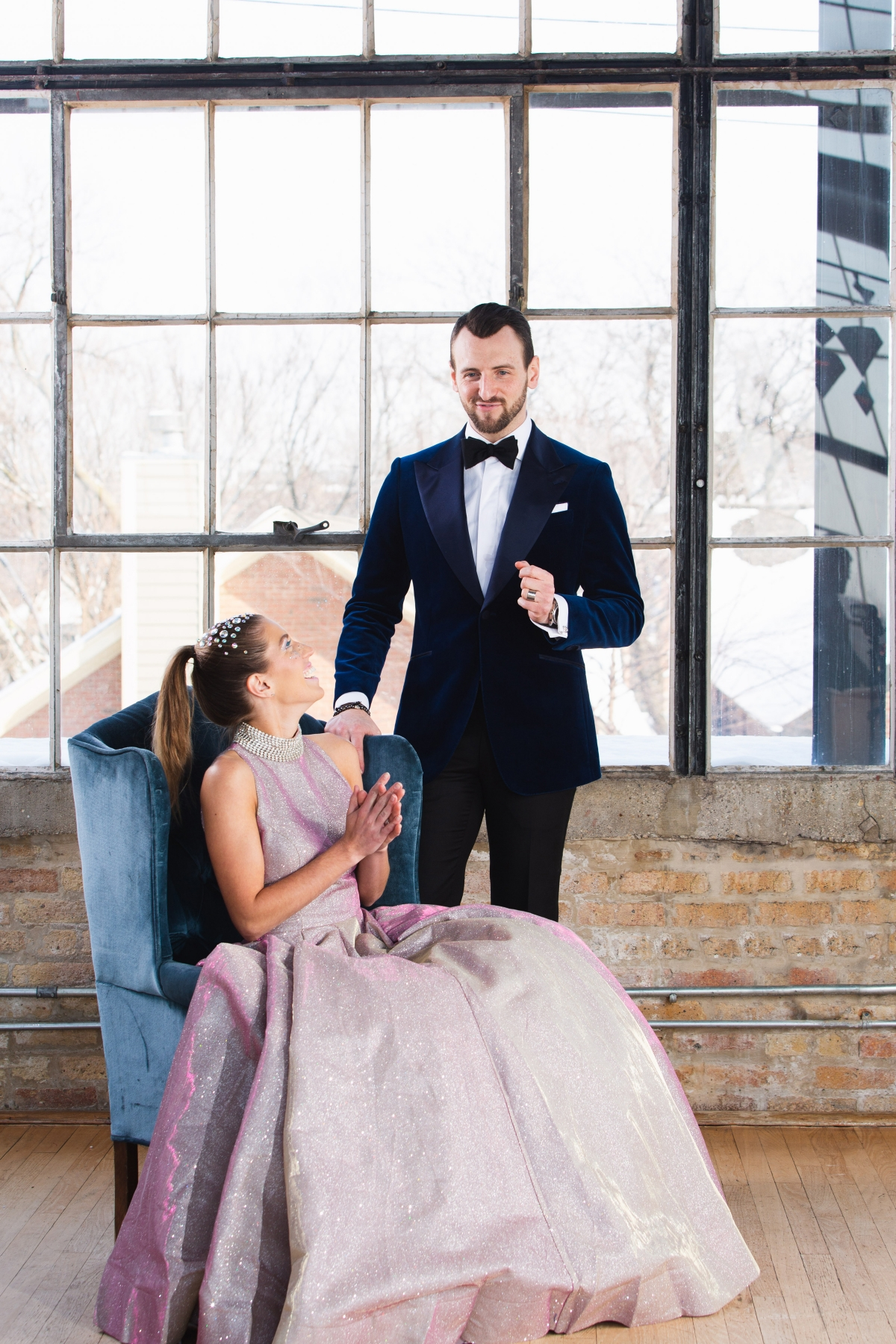 Colorful Iridescent Futuristic Chicago Wedding Inspiration 43