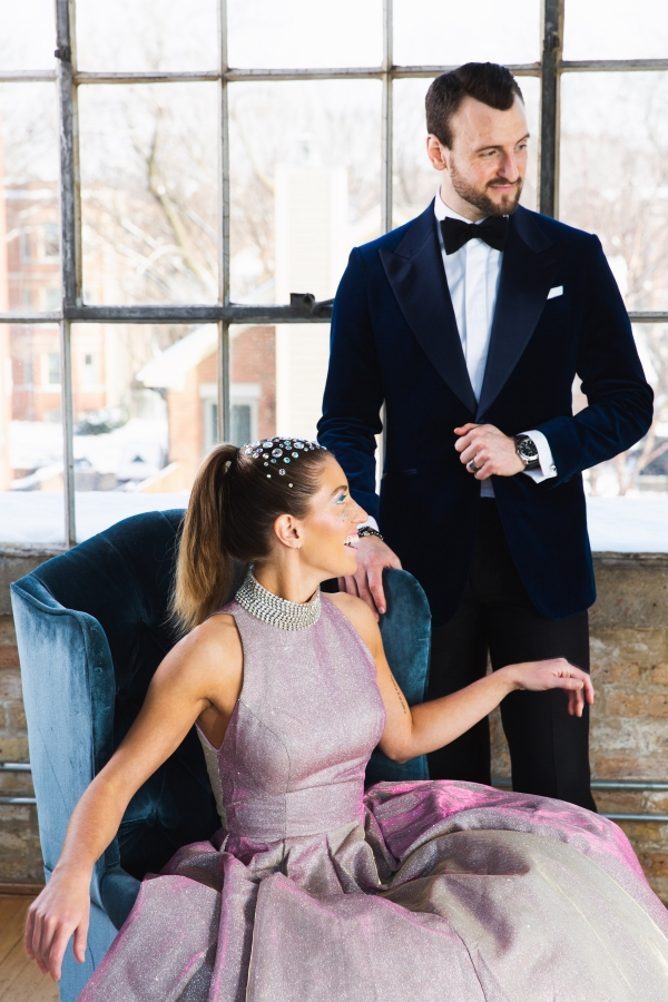 Colorful Iridescent Futuristic Chicago Wedding Inspiration (44)
