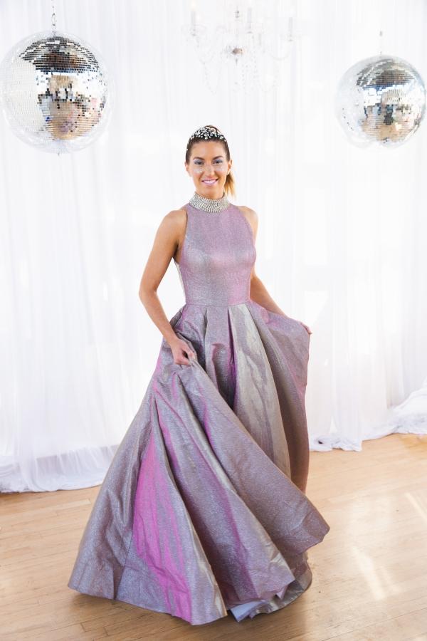 Colorful Iridescent Futuristic Chicago Wedding Inspiration (49)