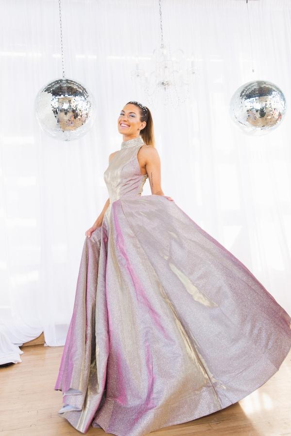 Colorful Iridescent Futuristic Chicago Wedding Inspiration (55)