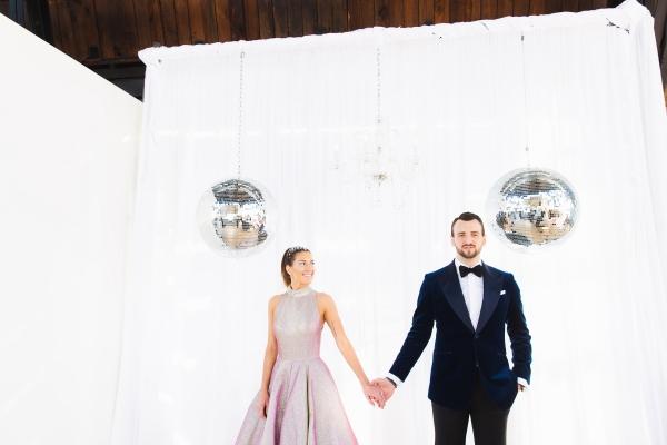 Colorful Iridescent Futuristic Chicago Wedding Inspiration (57)