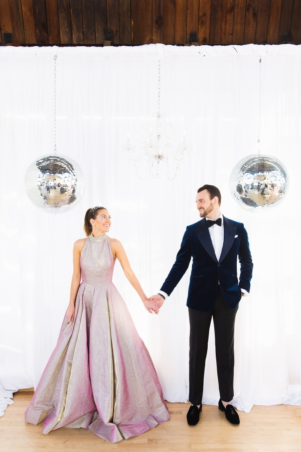 Colorful Iridescent Futuristic Chicago Wedding Inspiration (60)