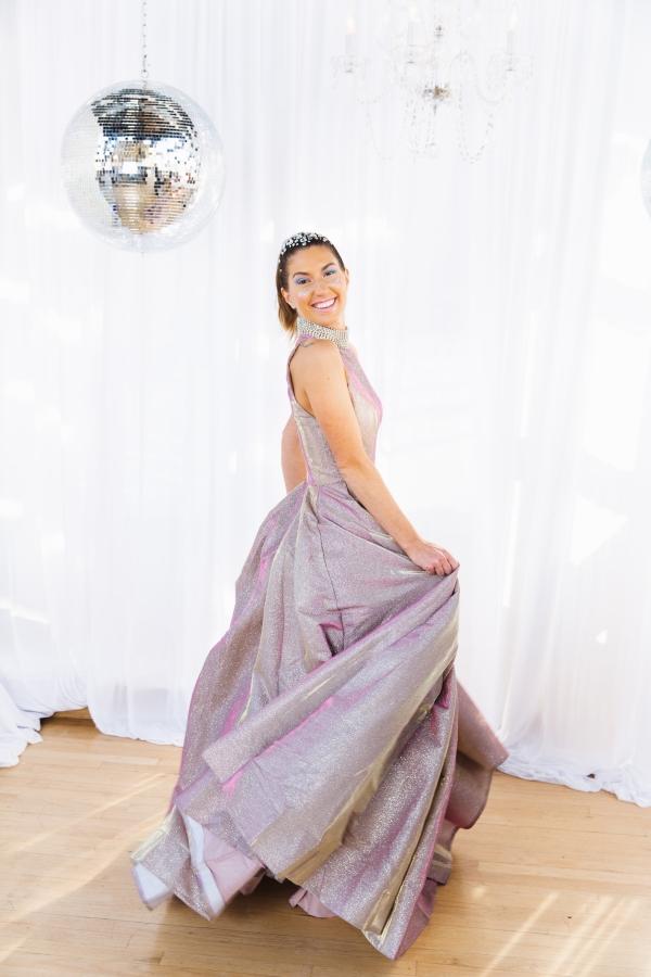 Colorful Iridescent Futuristic Chicago Wedding Inspiration (62)