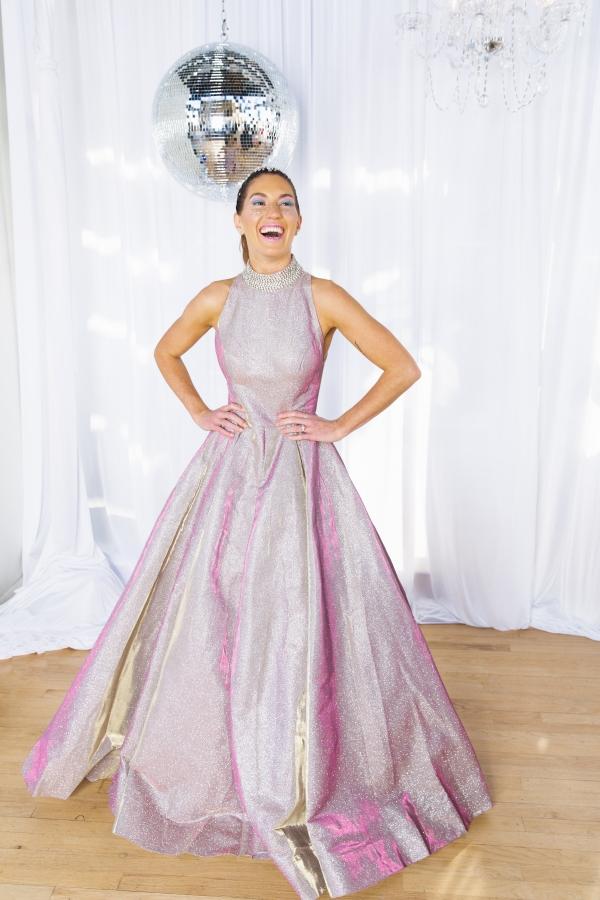 Colorful Iridescent Futuristic Chicago Wedding Inspiration (66)