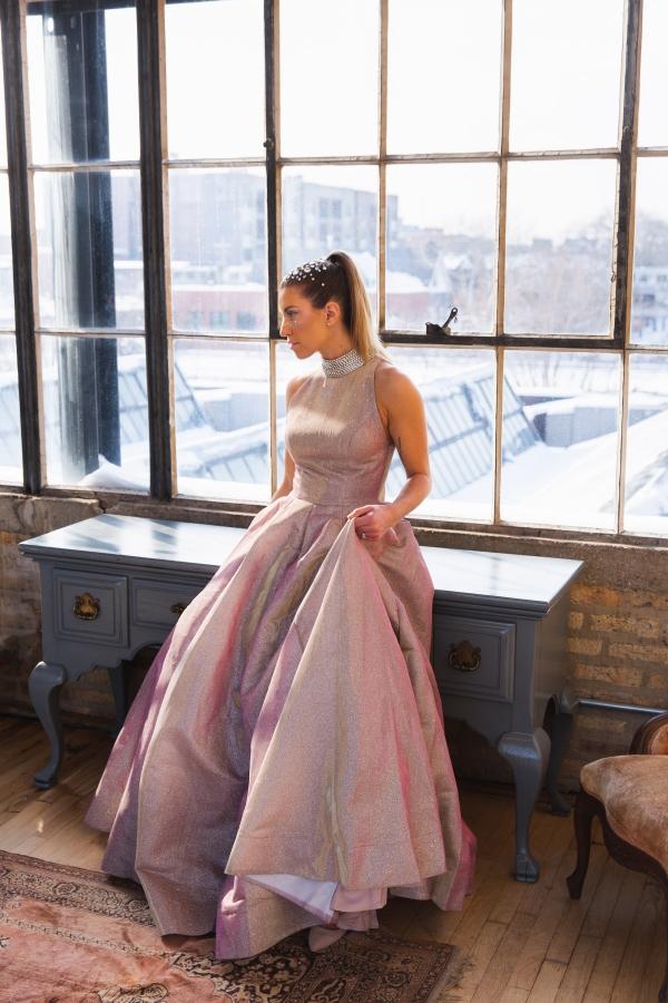 Colorful Iridescent Futuristic Chicago Wedding Inspiration (67)