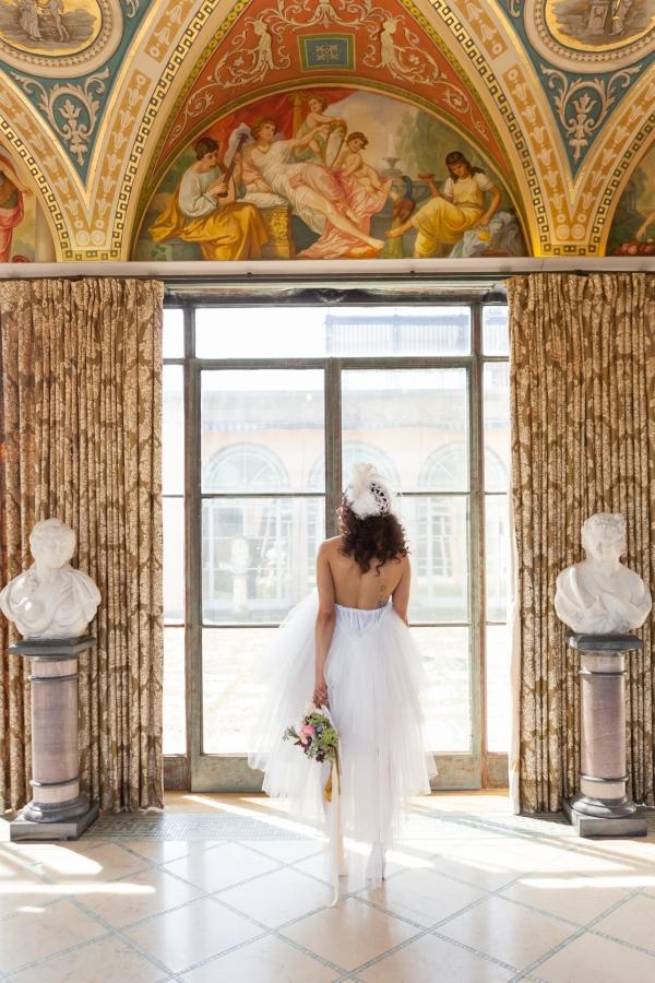 Cuneo Mansion High Fashion Wedding Inspiration (76)