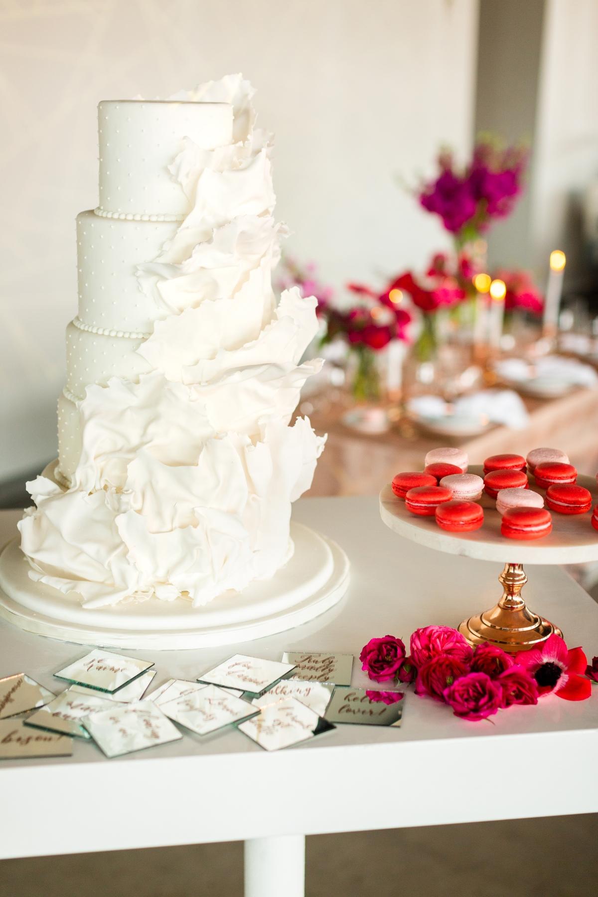 Edgy Romance Chicago Wedding Inspiration Alexandra Lee Photography Lakeshore in Love 157