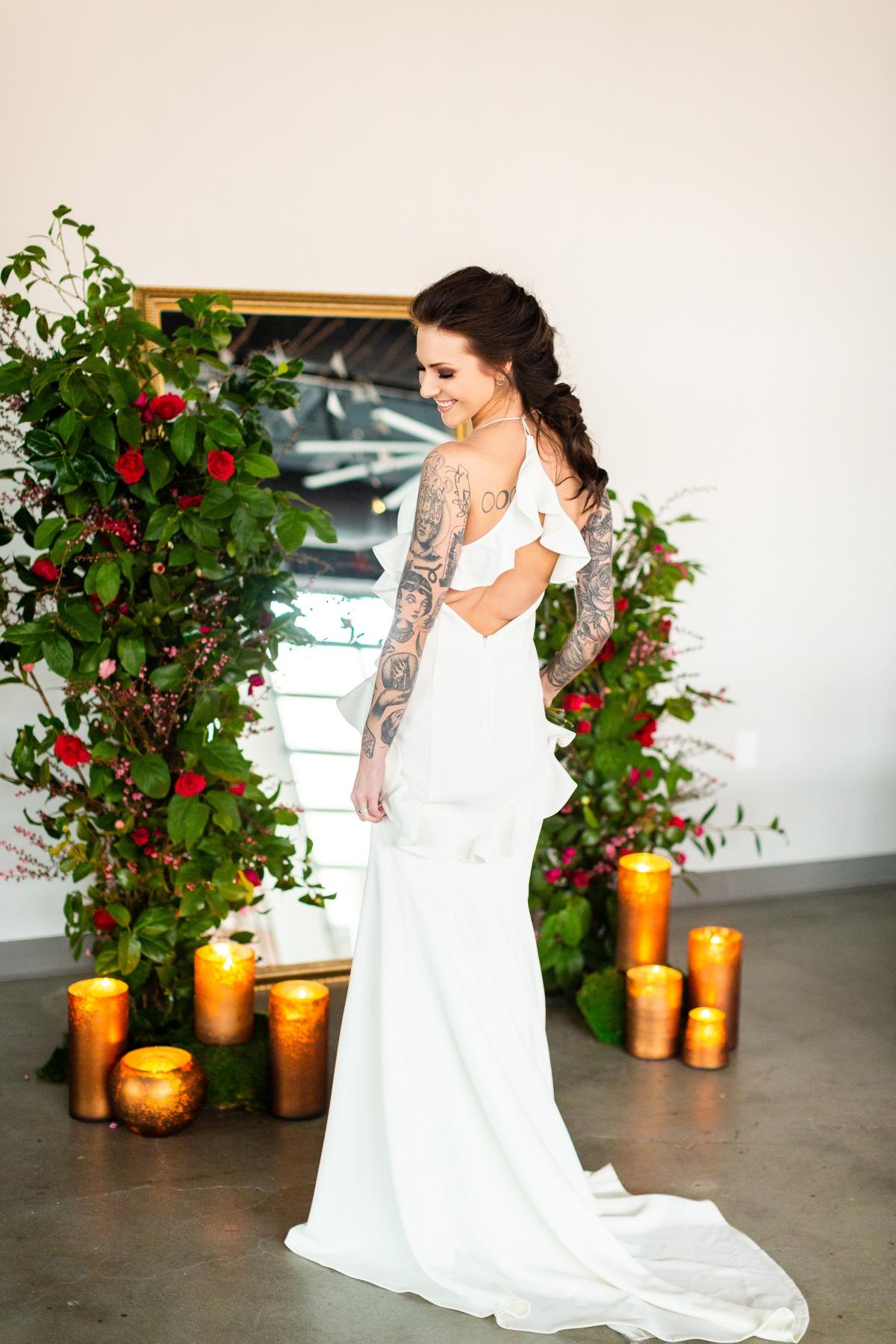 Edgy Romance Chicago Wedding Inspiration Alexandra Lee Photography Lakeshore in Love 295