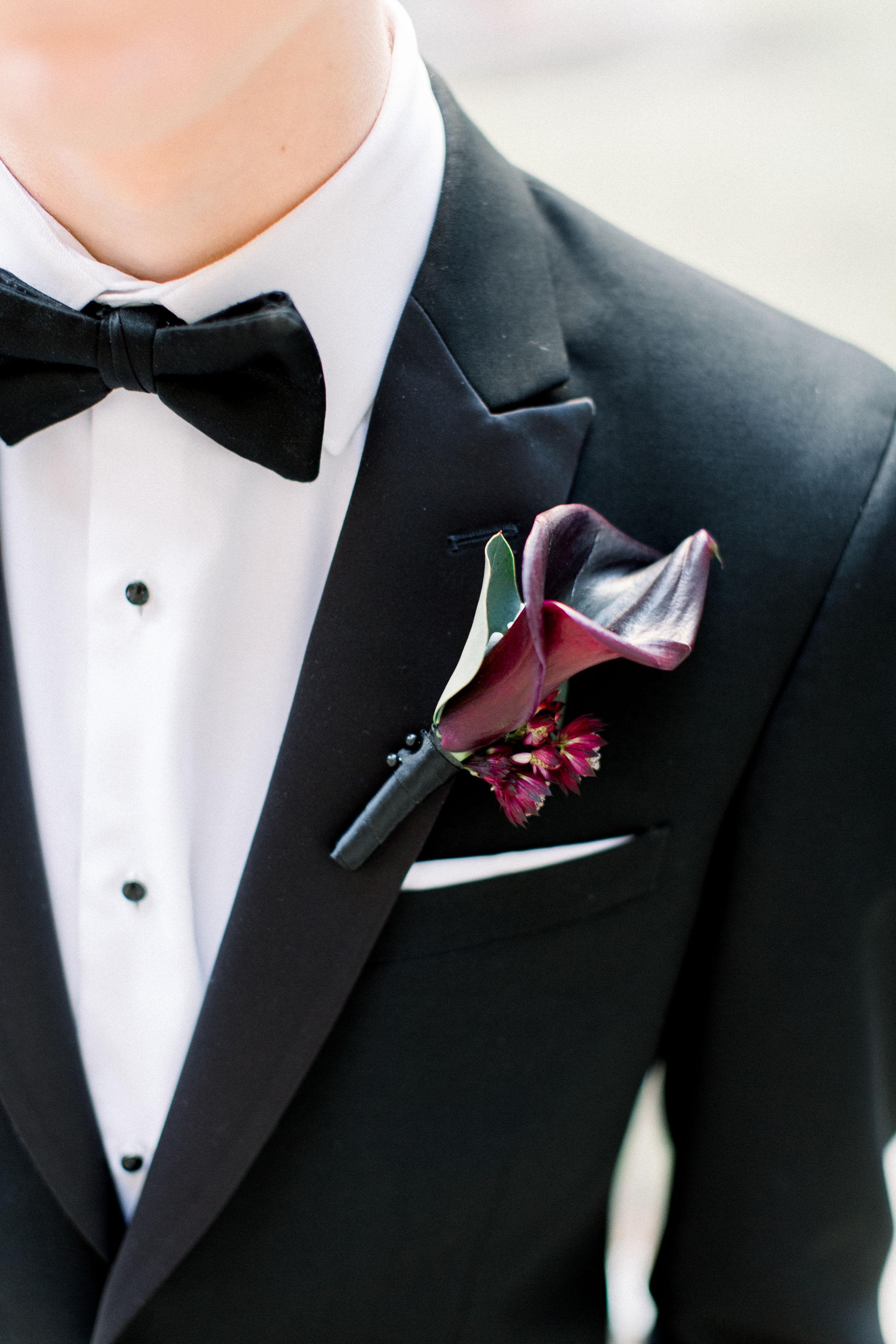 Fuchsia and Plum Chicago Jewel Tone Wedding Inspiration Lisa Hufford (21)