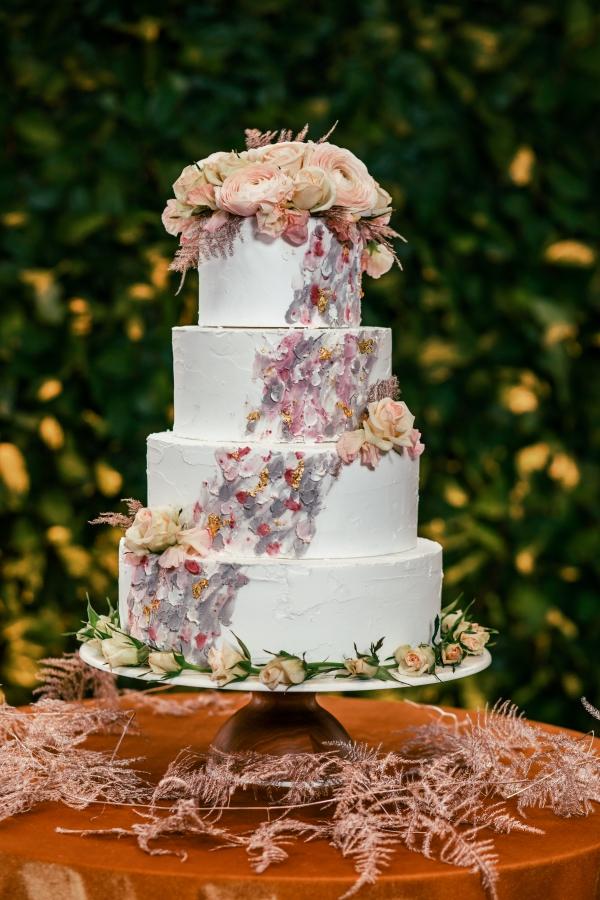 Lush Fantasy Chicago Wedding Inspiration Lakeshore in Love Tuan B (10)